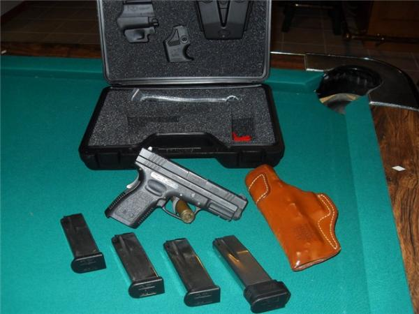 used-springfield-armory-xd-compact-45acp-164.jpg
